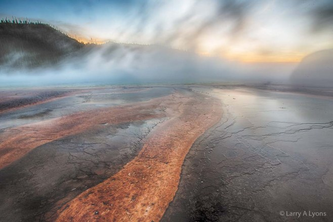 'Grand Prismatic Spring' © Larry A Lyons